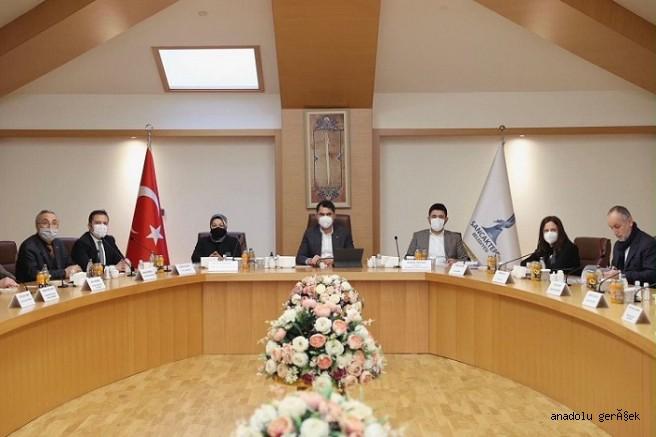 Bakan Kurum Sancaktepe Belediyesini Ziyaret Etti