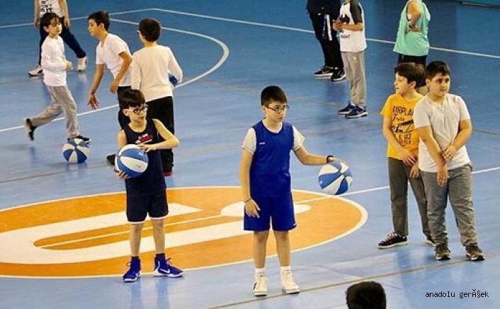 Üsküdar'da Heyecanla beklenen Yaz Spor Okulları Kayıtları Başladı
